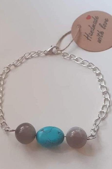 bracelet made of stones agate and turquoise